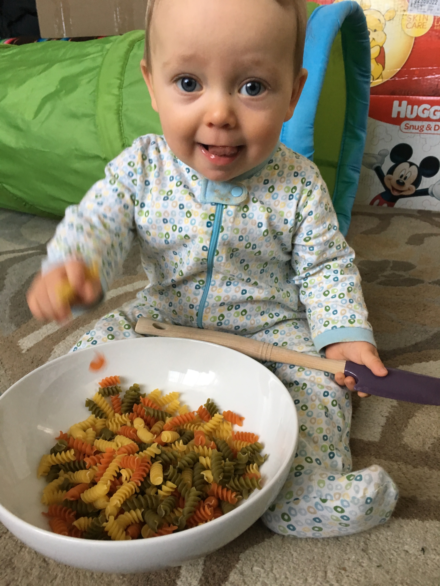baby sensory play with tricolor fusili pasta